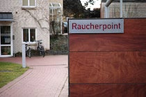 Schilder: 10. Photo: Raucherpoint